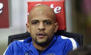 Felipe Melo Int 300x182 - Felipe Melo annuncia: «Sto valutando il trasferimento al Boca Juniors»