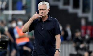 Roma, Mourinho:«Juventus da Scudetto. Su Abraham e il gesto ai tifosi…»