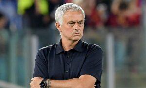 Roma, Mourinho sugli epurati: «Non hanno una croce addosso»