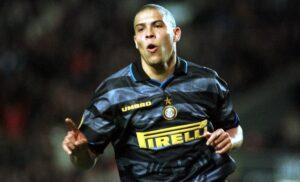 Ronaldo imago00065561h 1 300x182 - Edmundo rivela: «Francia '98? Dissero che Ronaldo sarebbe morto in campo»