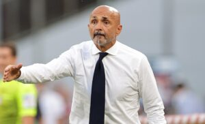 Napoli, Spalletti: «Non voglio giocatori con la puzza sotto il naso»